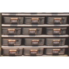 5&amp;#34; Storage Trays on shelf inside ISU<sup>&reg;</sup> container